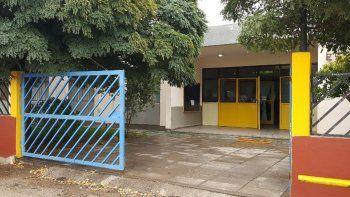 El lugar donde está ubicada la escuela pertenece al CPE.
