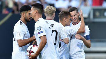 Alemania no dejó dudas anteel débil San Marino.
