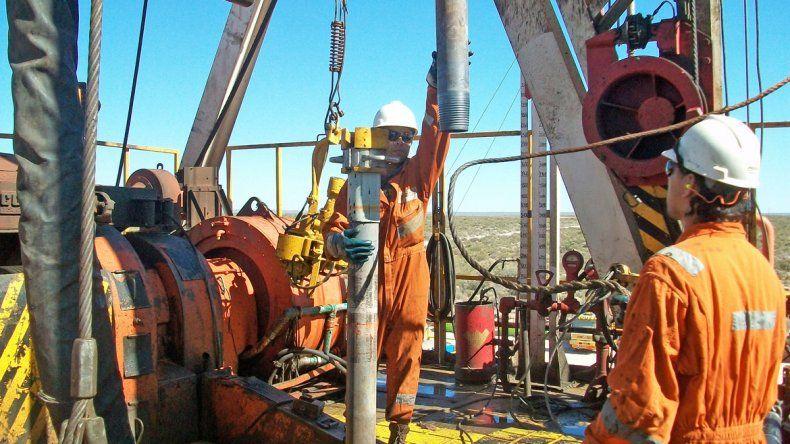 Se reúne la paritaria petrolera bajo presión de la conciliación