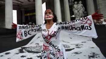 periodistas mexicanos piden justicia, a un mes del ultimo crimen