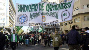 Según el sindicalista, la división del peronismo hará que gane el Gobierno.
