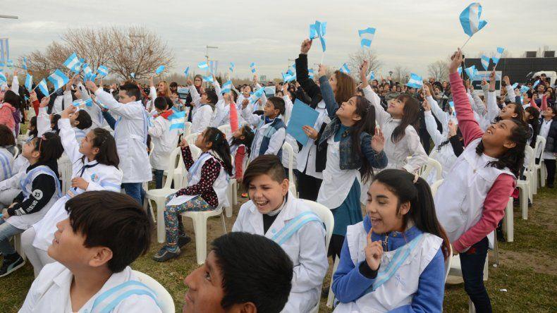 Los niños de 4° grado prometerán la bandera después de la cuarentena