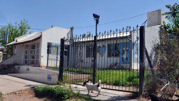 El centro de salud de Añelo trabaja con tres médicos y uno está de licencia.