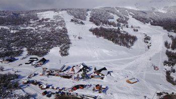 nieve a pleno: chapelco esta listo para los turistas