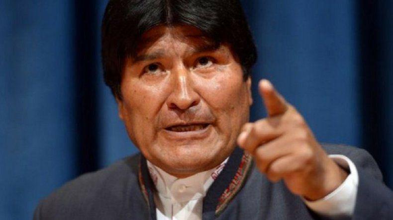 Ordenan la detención de Evo Morales: el Presidente renunciante sostuvo que los golpistas destruyen el Estado de Derecho