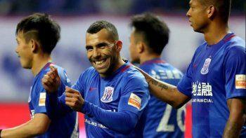 El Apache volvió al gol en el fútbol chino. Y su equipo regresó al triunfo.