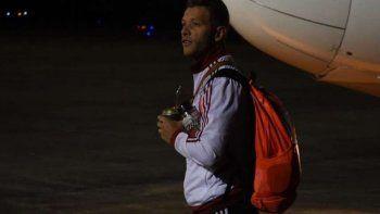 El Millonario ya está en Santa Fe, donde buscará sellar el pasaje a la Copa sin la mayoría de sus titulares.