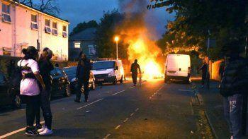 La marcha fue contra la Policía, en la periferia londinense.
