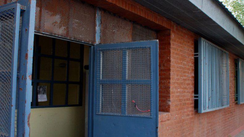 Efectivos de la Comisaría 16ª detuvieron al ladrón en la casa.