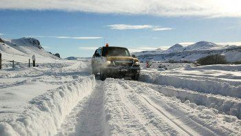 piden a estancieros que no dejen a peones en la nieve