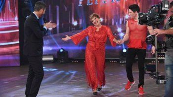 A los 65 años, Consuelo la rompió en el Bailando y obtuvo puntaje perfecto.