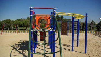 Los tres jóvenes que tuvieron sexo en el parque fueron detenidos.