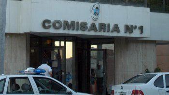 Los apremios ilegales ocurrieron dentro de la Comisaría Primera.