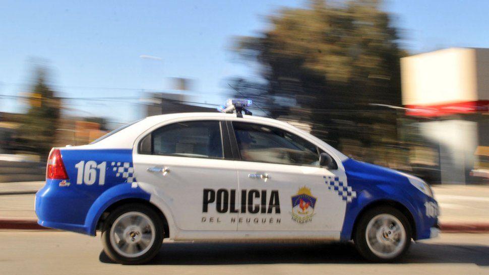 Detuvieron a un ladrón que robó una mochila y se escondió en una casa en barrio Belgrano