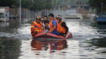 China: al menos 56 muertos por inundaciones