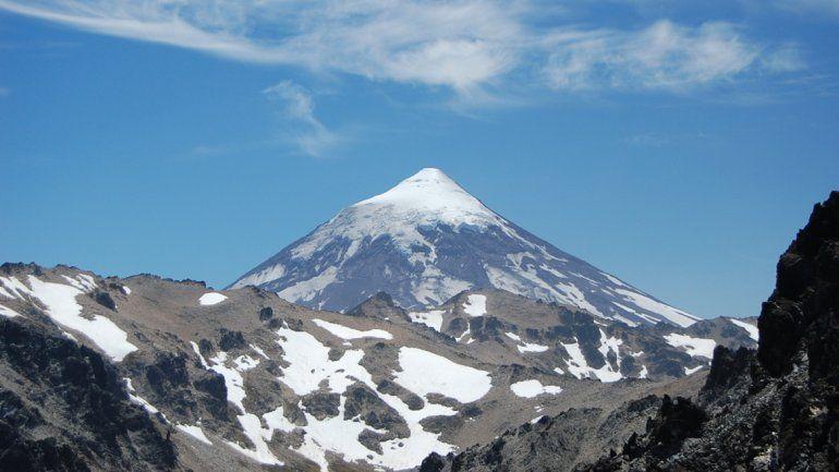 Dos jóvenes se perdieron en el lado chileno del Lanín