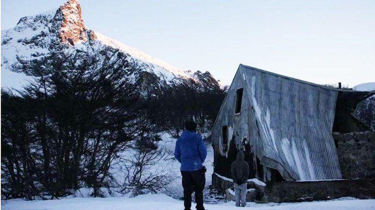 Mapuches se atribuyeron el incendio de un refugio de montaña