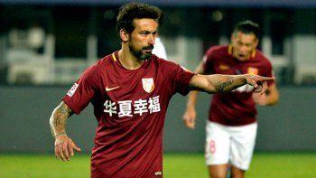 Lavezzi marcó dos goles pero su equipo perdió por la liga China.
