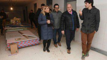 chani sapag recorrio las obras del nuevo hospital de anelo