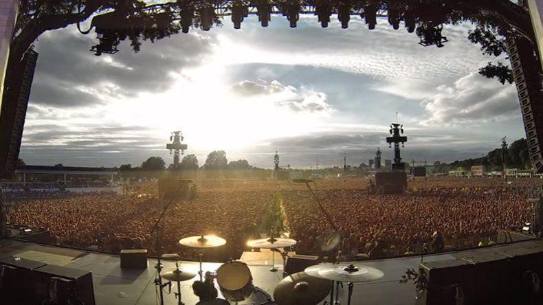 Una multitud cantó Rapsodia Bohemia en la previa de un recital de Green Day