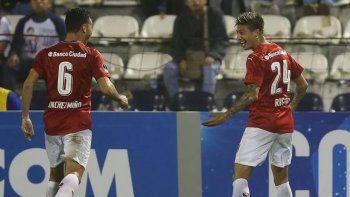 Rigoni le dio la victoria al Rojo ante Alianza Lima en la primera fase.