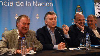 Macri estuvo en Córdoba. Es fundamental que bajen los impuestos, dijo.