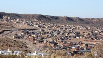 Los asentamientos son la última opción para los sin techo en Neuquén, que ostenta un alto déficit habitacional.