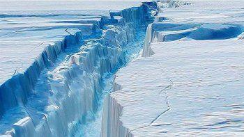Explicaron por qué no hay que temer al iceberg que va a la deriva