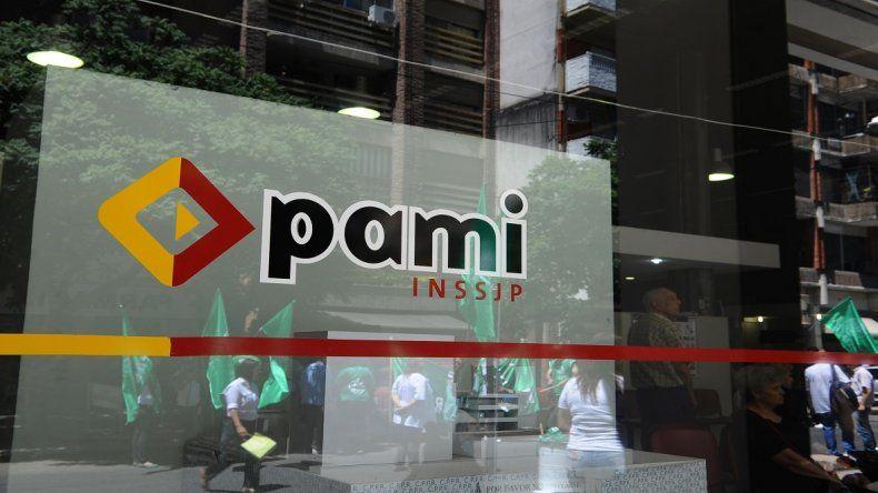 Por la rotura de una cañería, el PAMI suspendió la atención a los jubilados