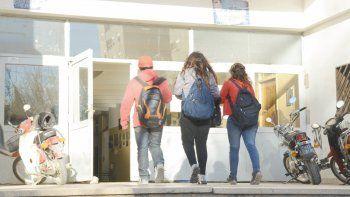 Las cifras sobre repitencia y abandono de la escuela secundaria preocupan a los funcionarios de la provincia, aunque dicen que Neuquén no es una isla.