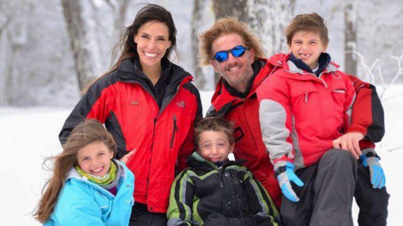 Facundo está casado con la modelo María Susini, con quien tiene tres hijos (Yaco, India y Moro).