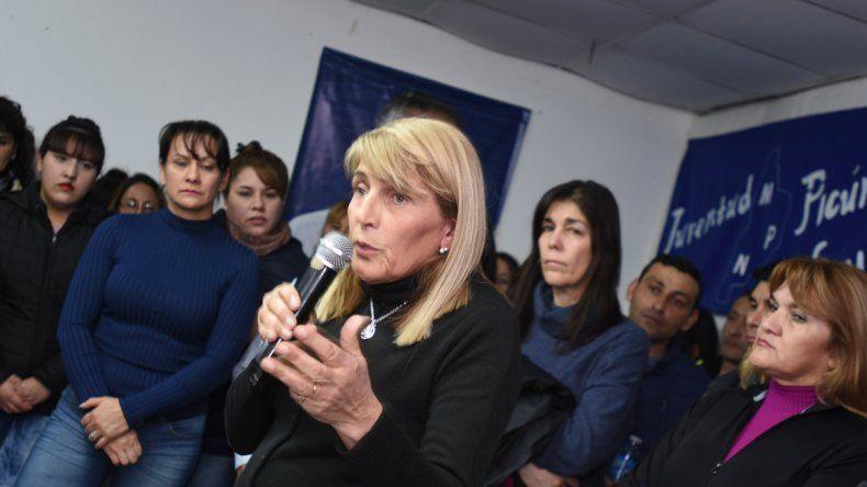 Los candidatos del MPN recorrieron Picún Leufú y parajes rurales.