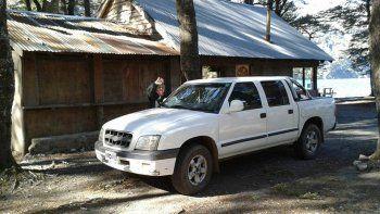 La camioneta Chevrolet S10 doble cabina con la que los jubilados planeaban irse de vacaciones con sus nietos.