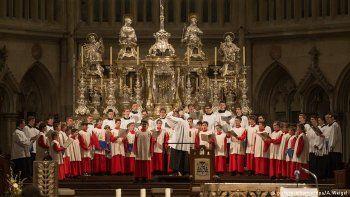 investigaron abusos a mas de 500 ninos de un coro catolico