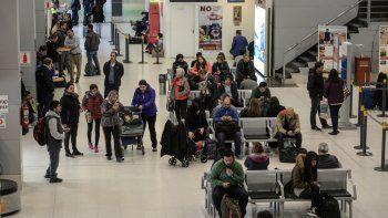 El Municipio trasladó los controles de los colectivos en el aeropuerto.