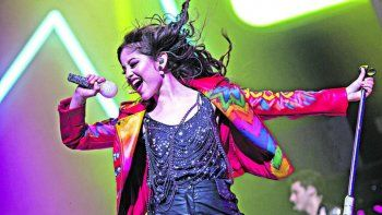La cantante y actriz mexicana llega por primera vez a la ciudad.