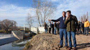 Gutiérrez y el subsecretario de Recursos Hídricos de la Nación, Pablo Bereciartúa. Nación también financiará otro tramo del saneamiento del Durán.