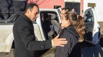 Víctor Carcar dejó a su hija al resguardo de la casa y los animales.