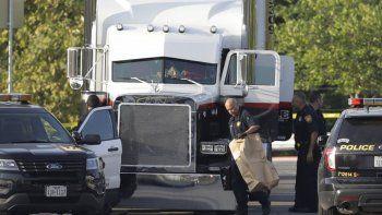 El camión estaba estacionado en un Walmart de San Antonio, Texas.