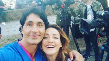 Entusiasmado, Sebastián Estevanez mueve las redes promocionando Golpe al corazón, junto a Eleonora Wexler.