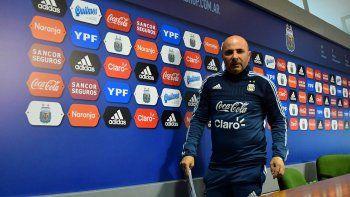 El entrenador pasará por Barcelona, Sevilla, Milán y París en su gira.
