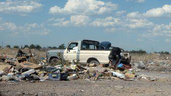 El programa busca controlar el arrojo de residuos en lugares no habilitados.