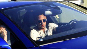 Rumbo a Paris: Neymar se despidió de sus compañeros del Barcelona