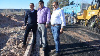 El plan de asfalto es la obra más importante del país