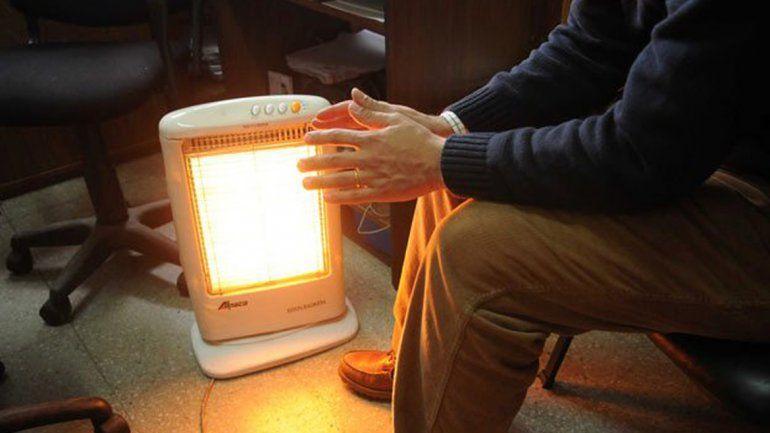 Calentarse con electricidad es más caro que hacerlo con gas de red.