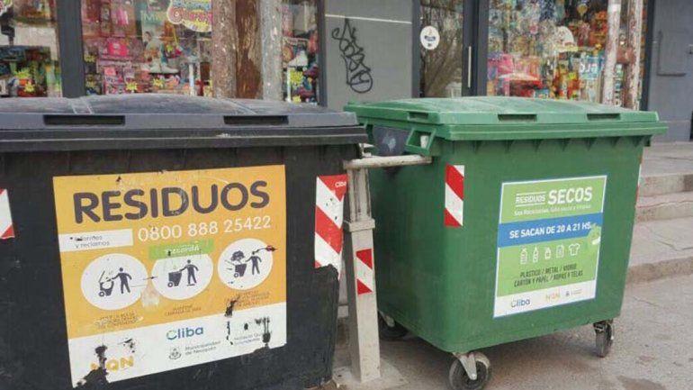 Piden a los vecinos no tirar residuos voluminosos en los contenedores