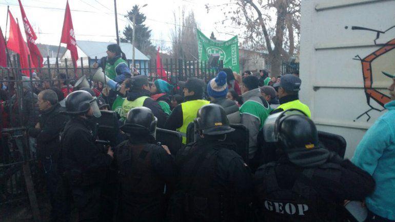 ATE interrumpió un acto del MPN en Junín de los Andes