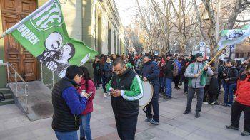 ATE levantó el bloqueo en Casa de Gobierno pero volverá mañana