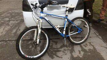 La bicicleta de competición está valuada en unos 30 mil pesos.