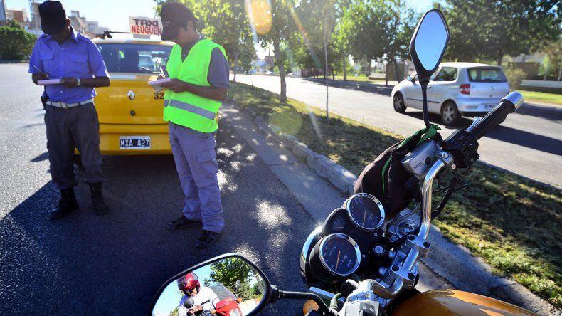 Los inspectores realizan controles todas las semanas. Hay conductores que ya encontraron la forma de pagar menos.